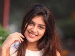 Ishitha-Chauhan-biography-hindi