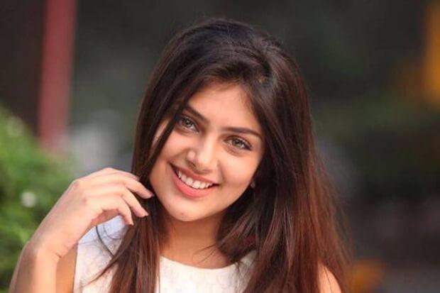 Ishitha-Chauhan-biography-hindi